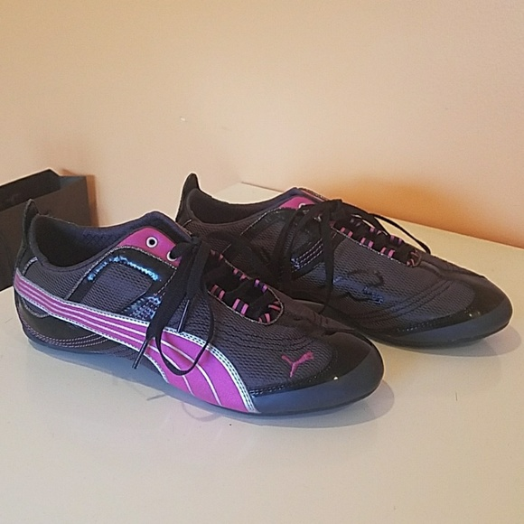 Puma Black Fuchsia Athletic Shoes